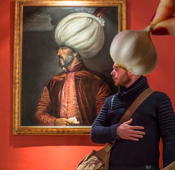 where-to-find-funny-pictures-of-painting-garlic-head